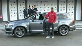 Video clips FC Barcelona - Car Handover