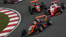 Video clips 01 - ADAC Formula 4 - Oschersleben